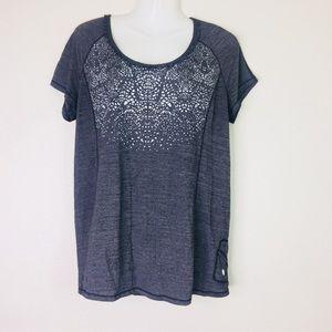 Lululemon short sleeve shirt size 12 gray